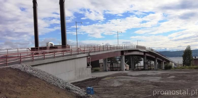 Prefabrykacja oraz montaż konstrukcji stalowej wiaduktu kolejowego o długości 130 m (ok. 160 t) w miejscowości Östersund w Szwecji