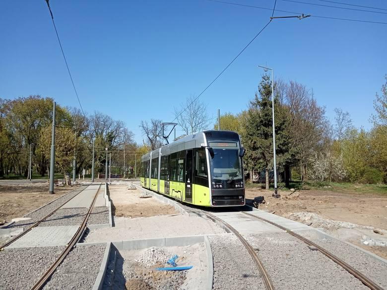 Pomimo rozkopanego centrum i codziennych problemów z objazdami i utrudnieniami w  ruchu, MZK w 2019 r. miało więcej pasażerów niż w 2018 r. Mam nadzieję, że gdy na trasy wrócą w końcu tramwaje, ta tendencja będzie jeszcze bardziej wyraźna!