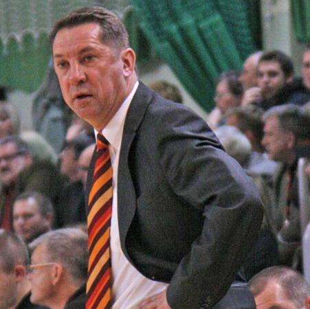 - Mając DeMayę w składzie na pewno będziemy mocniejszym zespołem - mówi Krzysztof Koziorowicz, trener CCC.