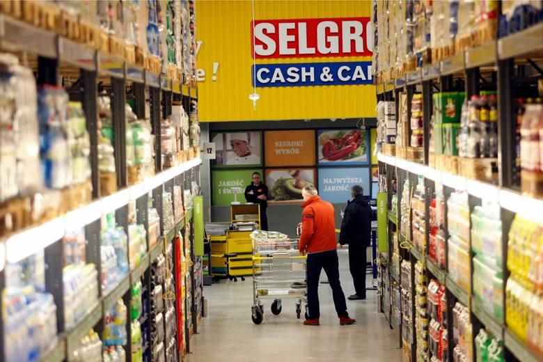 Średnia cena koszyka z zakupami: 240,70 zł Zobacz sklepy, gdzie zakupy okazały się tańsze ---->