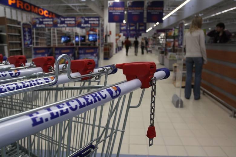Średnia cena koszyka z zakupami: 241,21 złZobacz sklepy, gdzie zakupy okazały się tańsze ---->