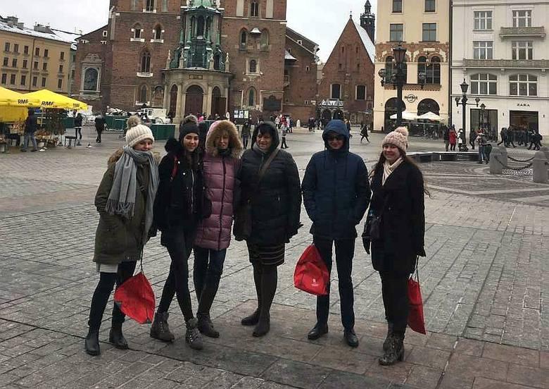 """Pięcioro uczniów """"Konopy"""" uczestniczyło w zawodach finałowych """"XI Olimpiady o Diamentowy Indeks AGH"""", które odbywały się w Krakowie walcząc o tytuł laureata."""