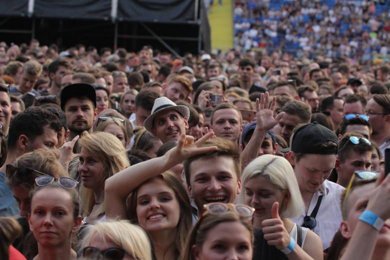 To był bardzo dobry koncert, choć nie brakowało osób, które narzekały na nagłośnienie, zwłaszcza na trybunach stadionu.