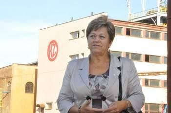 Helena Obara, szefowa koneckiej delegatury NSZZ Solidarność bierze udział w negocjacjach związków zawodowych działających w KZO S.A. z przyszłym inw