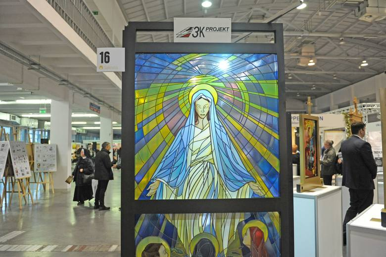 Sakralia 2015: Wyposażenie kościołów na miarę XXI wieku<br /> Sakralia 2015: Wyposażenie kościołów na miarę XXI wieku