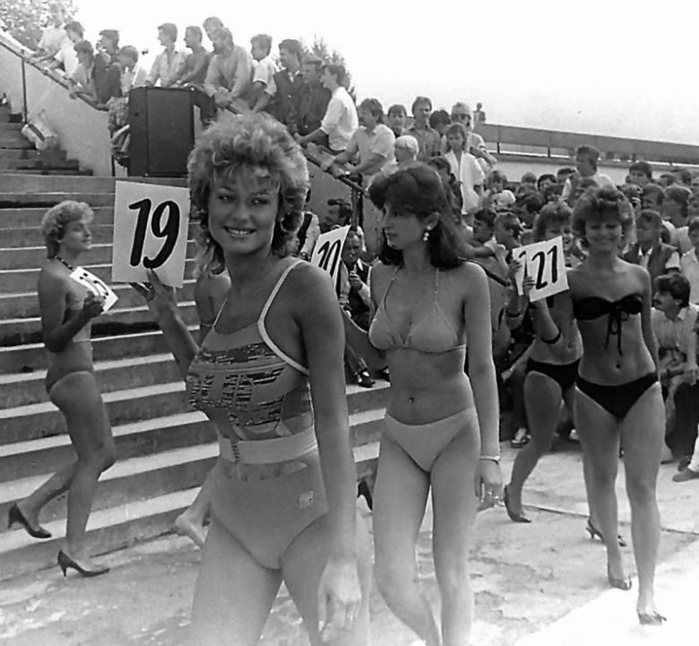 Wybory Miss Lata - Fala 87'Jolanta Stopa - pielęgniarka z łódzkiego szpitala zdobywa tytuł Miss Lata 1987 roku. 40 kandydatek i blisko 4 tysiące łodzian