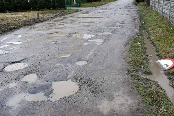 W tym roku nie będzie remontów dróg w powiecie jarosławskim
