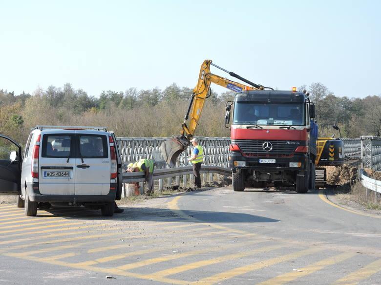 Rozpoczęła się rozbiórka mostu tymczasowego w Ostrołęce
