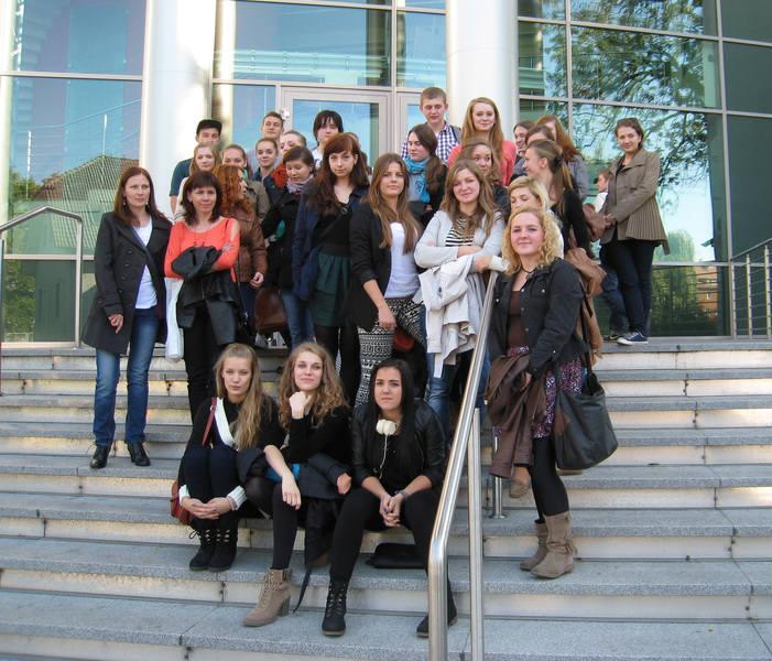 Licealiści z Kluczborka w nagrodę pojechali na wycieczkę do Opola. Byli m.in. w kinie i uczestniczyli w turnieju gry w kręgle.