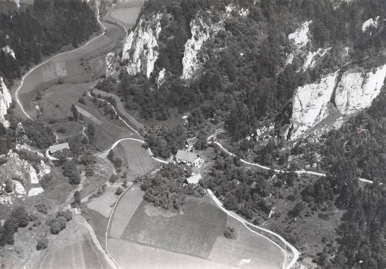 Archiwalne zdjęcie Doliny Prądnika ze zbiorów Muzeum Lotnictwa Polskiego