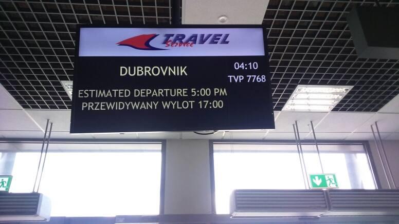 16 sierpnia, Pyrzowice: lot linii Travel do Dubrovnika jest już opóźniony o 13 godzin