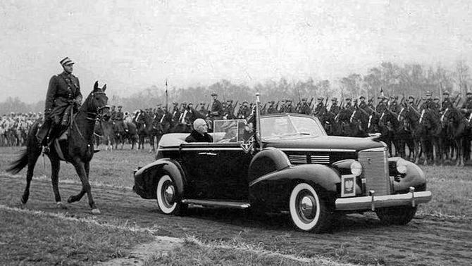 Opancerzony Cadillac Series 355D Fleetwood przeznaczony dla marszałka Piłsudskiego, a używany przez prezydenta Mościckiego. Stan po restauracji
