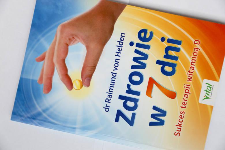 W tej książce  Czytelnicy znajdą przepis na 7-dniową terapię witaminą D, która pomoże pozbyć się codziennych dolegliwości.