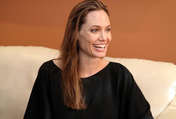 Angelina Jolie, rak jajnika, testy genetyczne BRCA1 i BRCA2