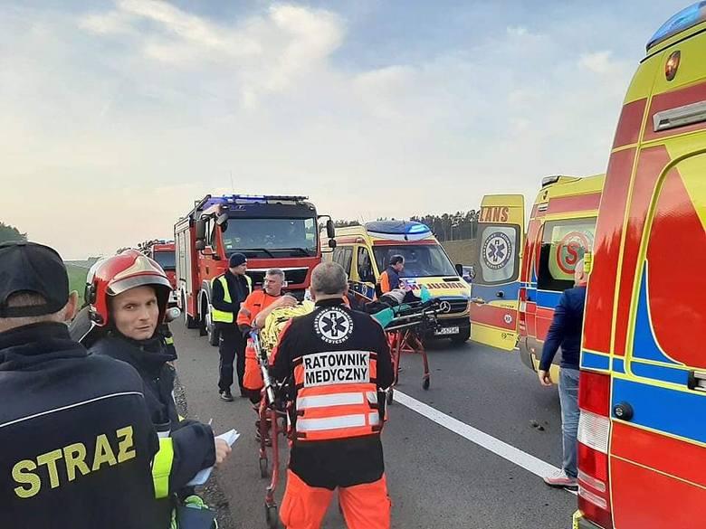 Do wypadku doszło w niedziele, 17 listopada, na S3 na wysokości Skwierzyny. Honda uderzyła w tył mercedesa.Do wypadku doszło tuż przed zjazdem do Skwierzyny