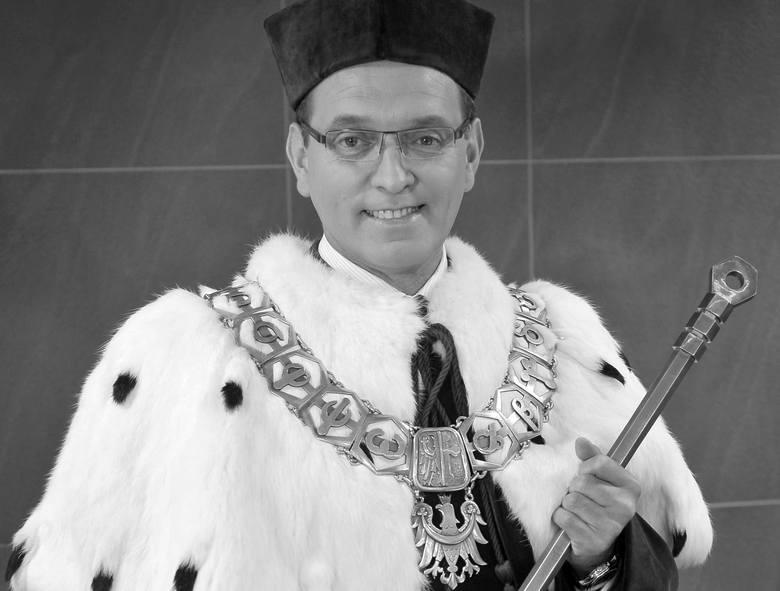 Prof. Marek Tukiendorf nie żyje. Zmarł tragicznie 18 lipca 2019 roku w wieku 55 lat.