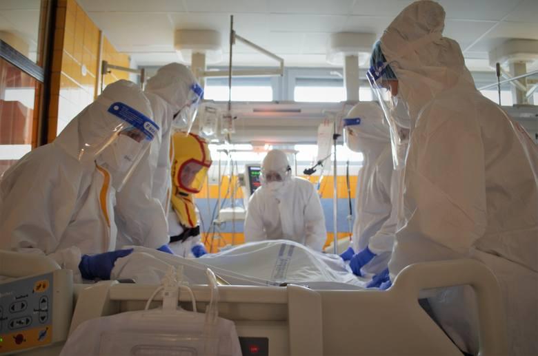 W czeskich szpitalach pomagają wojskowi
