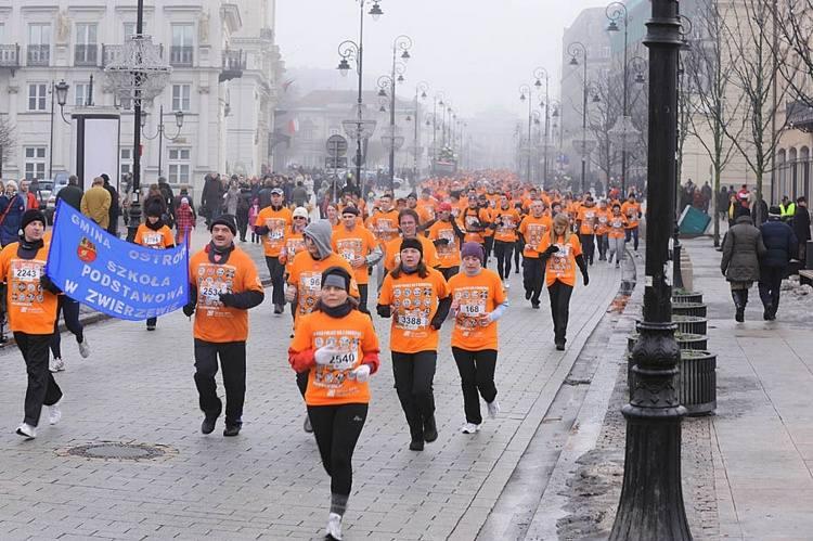 """Bieg """"Policz się z cukrzycą"""" w ramach XIX finału Wielkiej Orkiestry Świątecznej Pomocy."""