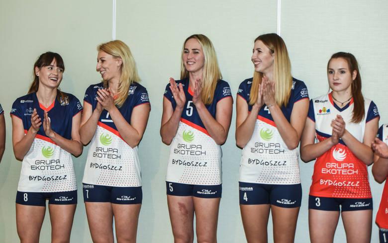 W środę siatkarki KS Pałac Bydgoszcz zaprezentowały się podczas spotkania w Hotelu City w Bydgoszczy. Panie są gotowe do gry w Lidze Siatkówki Kobiet.