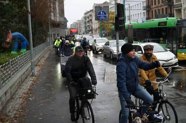Zakończyła się budowa nowej drogi rowerowej na ul. Grunwaldzkiej, o którą poznańscy rowerzyści zabiegali od dawna. W sobotę postanowili ją uroczyście