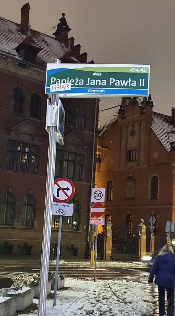 Skwer im. Praw Kobiet zastąpił na chwilę skwer im. Lecha Kaczyńskiego w Szczecinie