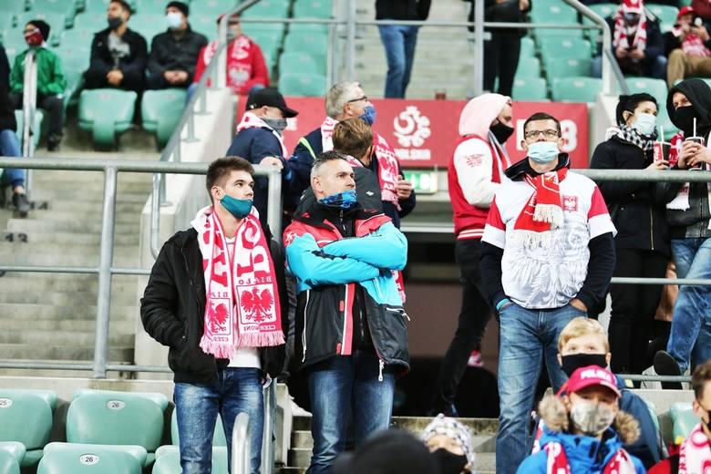 Po dwóch bramkach Roberta Lewandowskiego i jednym trafieniu Karola Linettego Polska pokonała we Wrocławiu 3:0 Bośnię i Hercegowinę  i wciąż liczy się
