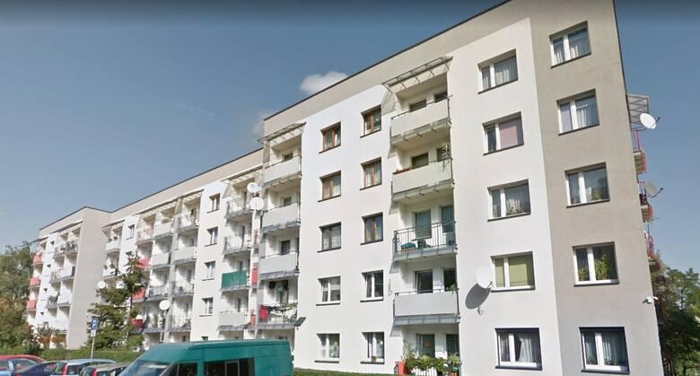 Mysłowice: ul. Różyckiego 5B/35Powierzchnia: 50,70 m2Cena orientacyjna: 130 000,00 złZobacz kolejne mieszkania oferowane przez PKP w woj. śląskim.Przesuwaj