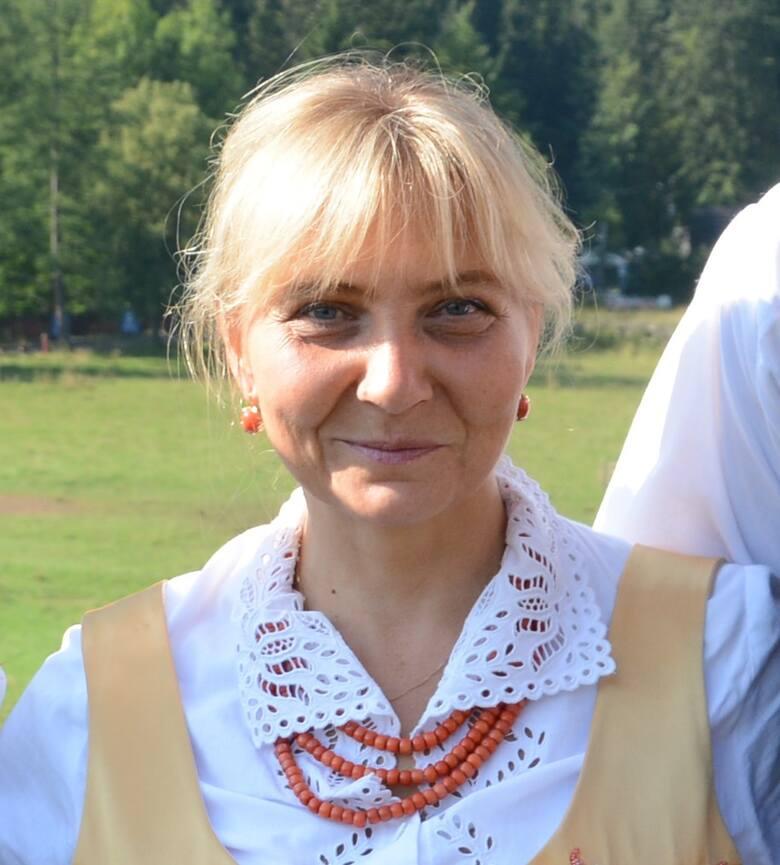- Festiwal pokazuje, że można połączyć tradycję ze współczesnością i trafić w gusta publiczności - podkreśla JOANNA STASZAK, dyrektor 52. Międzynarodowego