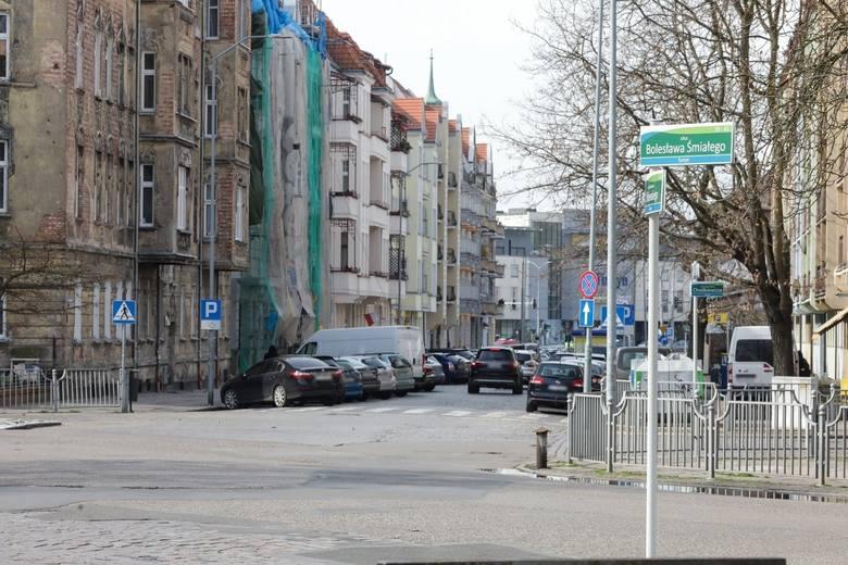 Pierwsze utrudnienia na ul. Bolesława Śmiałego w Szczecinie. Będzie dojazd do przychodni? Sprawdź, co czeka kierowców od 20 kwietnia