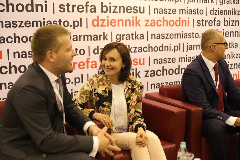 Drugiego dnia Europejskiego Kongresu Gospodarczego na stanowisku DZ sporo się dzieje. Mamy wielu gości i prowadzimy mnóstwo rozmów. W sercu hali MCK