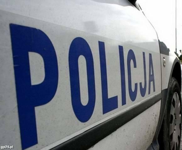 W Udorpiu (gm. Bytów) 48-letni kierowca audi zatrzymał się do kontroli. Kiedy jednak podeszli do niego policjanci, to stwierdził, że są przebierańcami,
