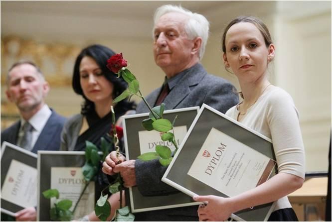 W  2012 roku ceniony tancerz, choreograf i pedagog odebrał nagrodę marszałka wojwództwa wielkopolskiego