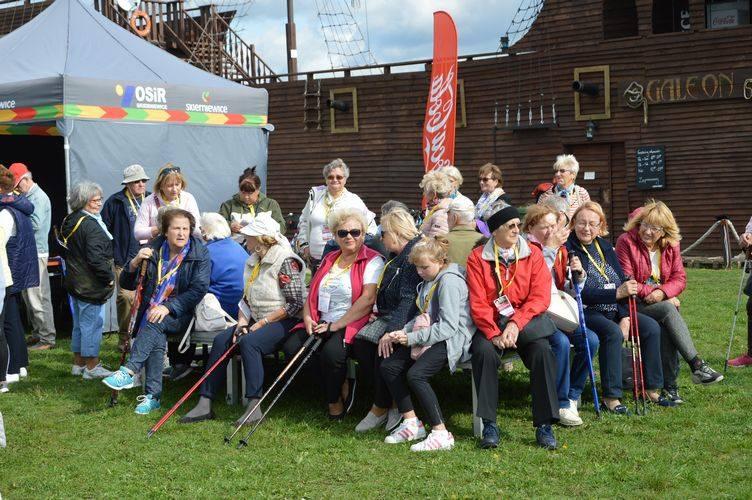 Ogólnopolski Marsz Seniora nad skierniewickim zalewem [ZDJĘCIA]