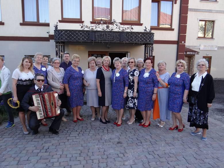 Ustronie szykuje się do występu w polskim kościele podczas mszy świętej