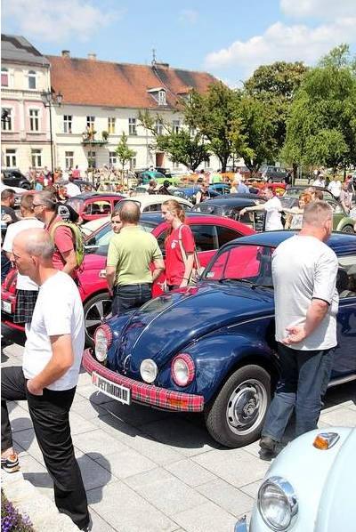 Włocławek: Parada garbusów i ogórków