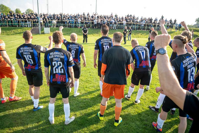 Zawisza Bydgoszcz mógł awansować do IV ligi już w sobotę, ale musiały być spełnione dwa warunki w 24. kolejce V ligi (grupa I).To przede wszystkim wygrana