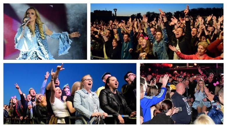 Tłumy mieszkańców regionu bawiło się na koncercie Dody i zespołu Virgin. Była to największa atrakcja tegorocznych Dni Mogilna. Artystka zafundowała przybyłym