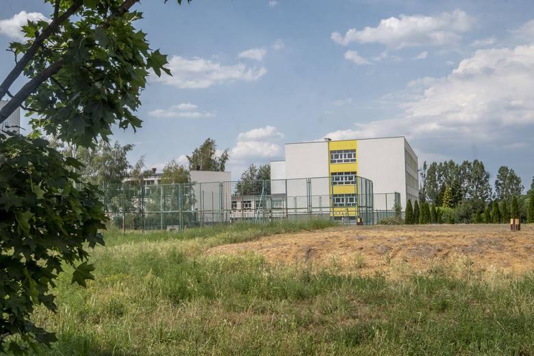 093178ad Poznań: Agresja w szkole. Dyrekcja podstawówki milczy, a przez ...