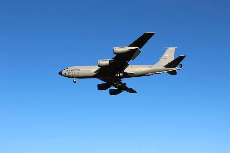 Latająca cysterna KC 135.