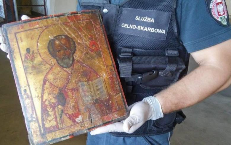 Na granicy w Korczowej celnicy udaremnili przemyt zabytkowej ikony bizantyjskiej z wizerunkiem Św. Mikołaja