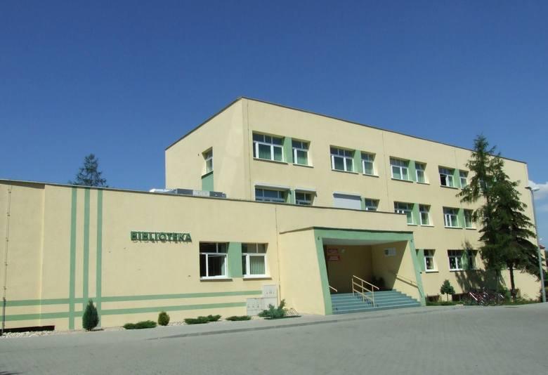 Biblioteka miejska w Kluczborku.