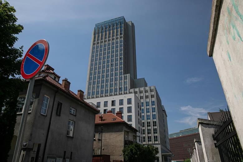 Kraków. Dawny szkieletor robi niesamowite wrażenie. Zobacz Unity Tower z bliska [NOWE ZDJĘCIA]