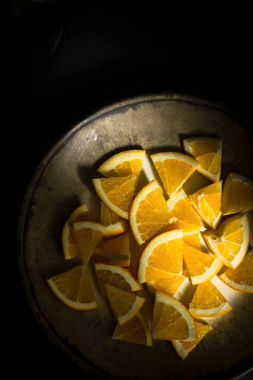 Aby zadbać o szybki metabolizm, warto uwzględniać w posiłkach kwaśne dodatki, które pomagają stabilizować poziom glukozy we krwi.