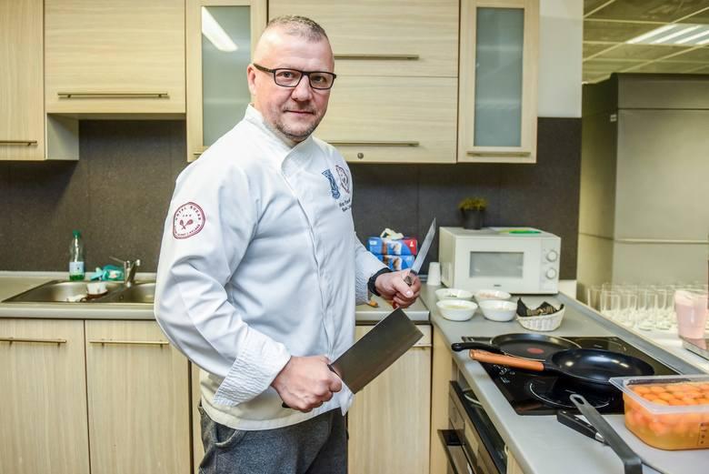 Artur Dzierzbicki był szefem kuchni największych polskich hoteli, mógł gotować dla polskiej ambasady w Portugalii, ale wybrał codzienną pracę z Lechem Poznań