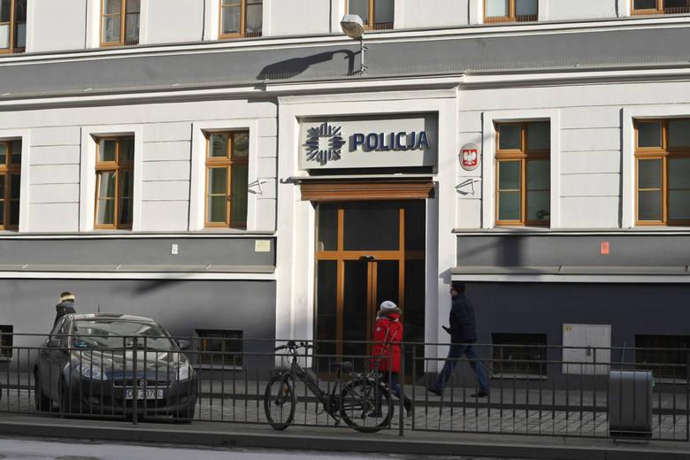 Remont gmachu Komisariatu Policji Wrocław-Rakowiec przy ul. Traugutta skończył się w grudniu 2013 roku