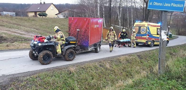- W Nowy Rok, kilka minut po godzinie 14, dwa zastępy GBA wraz z quadem z OSP Rzeszów Słocina, zostały zadysponowane do pomocy ratownikom medyczym w