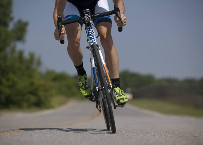 Praca marzeń na rowerze. 20 najlepszych pomysłów na połączenie pasji z zarabianiem pieniędzy