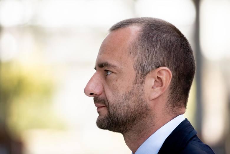 Jarosław Pucek przyznaje, że do startu w wyborach przekonał go Ryszard Grobelny.<br />