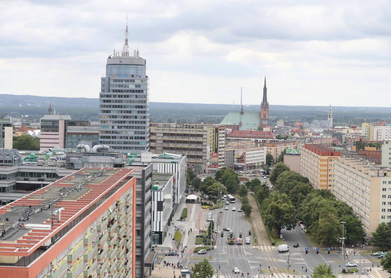 W Szczecinie zarabiamy mniej aż o 3 114 zł od... Średnie wynagrodzenie w Polsce