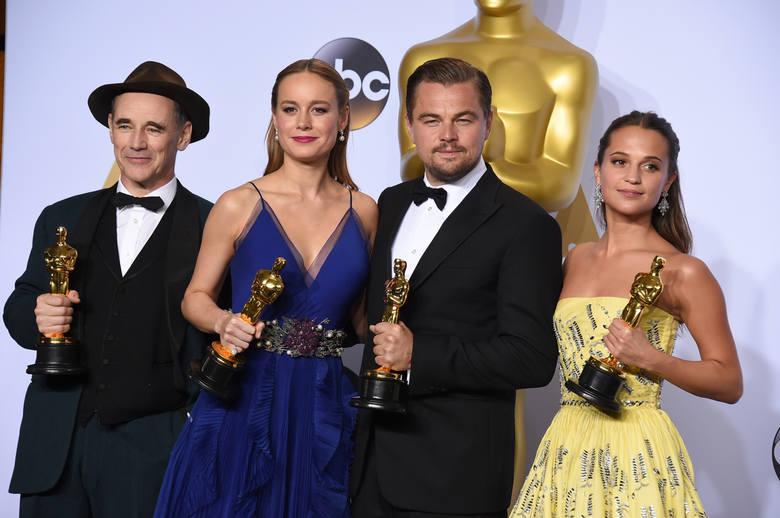 Oscary 2016. Kto dostał Oscara? W nocy z niedzieli na poniedziałek (28.02/29.02.2016) odbyła się 88. ceremonia wręczenia Oscarów. Nagrody Amerykańskiej